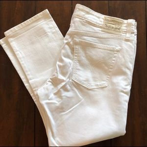 Levi's White Boyfriend Skinny Jeans Size 30